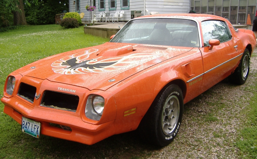 Mobile Auto Repair Mechanic Shop, by performing regular preventive maintenance, this 1976 Pontiac Trans AM runs like new!. We can help to fix the car problem on hi performance, sports and classic cars on the spot, we come to you.