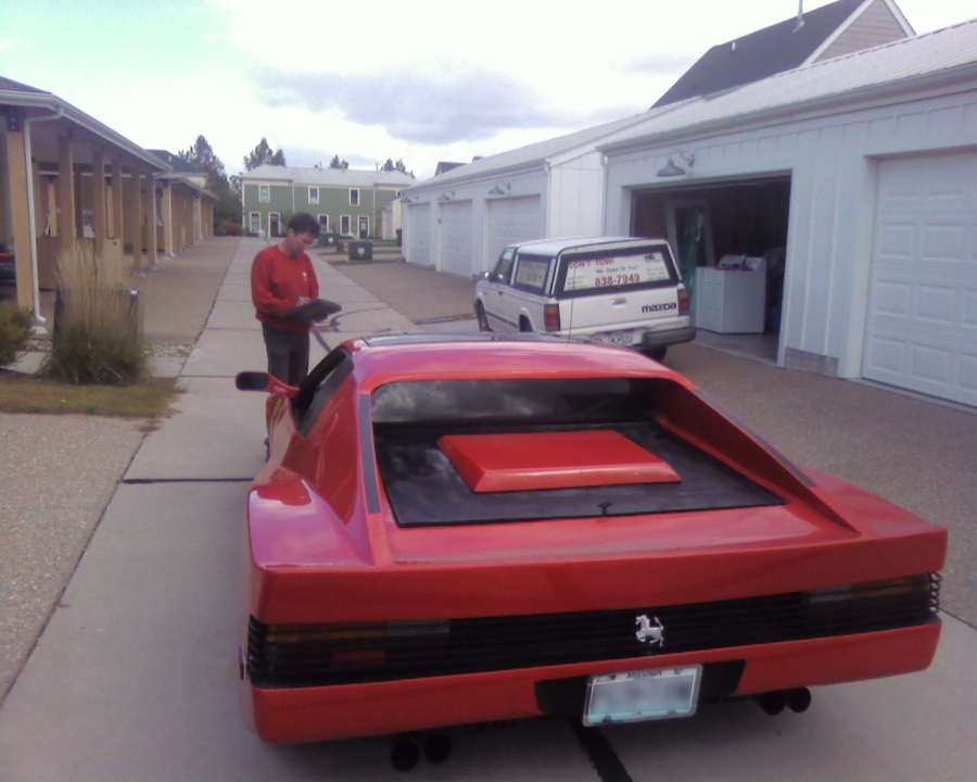Mobile Car Repair Shop, Writing an invoice for no start diagnostics on a 1985 Lamborghini Testerosa kit car body, with 1985 Pontiac Fiero GT engine & frame.